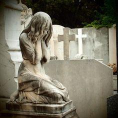 3e11eea45850e506a164770fcad895cf--cemetery-angels-cemetery-statues